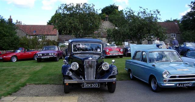 vintage car at cropton rally 2010