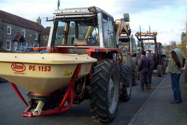 high street tractor breakdown in cropton