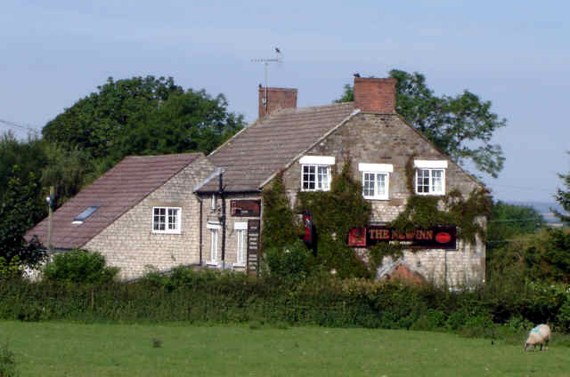 new inn cropton photo