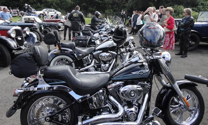 Harley Davidson Motorbikes at Cropton Vintage Rally 2013