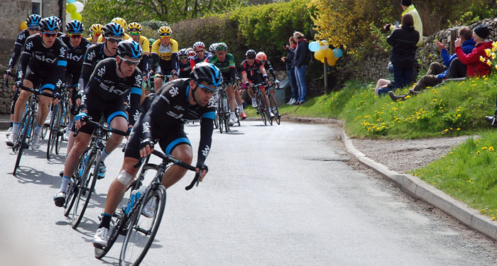 Team Sky were leading the Tour de Yorkshire Peleton of the Tour de yorkshire through Cropton