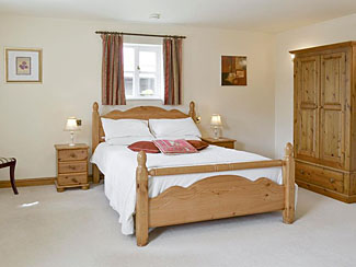 Holiday cottage at Cropton near Pickering - Sleeps 2 plus child